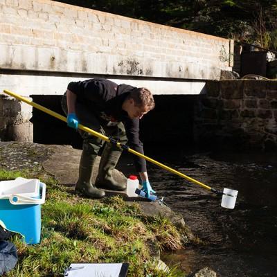 Prélèvements en eau de rivière