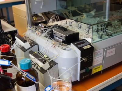 Flux continu pour analyse de reliquats d'azote dans le sol
