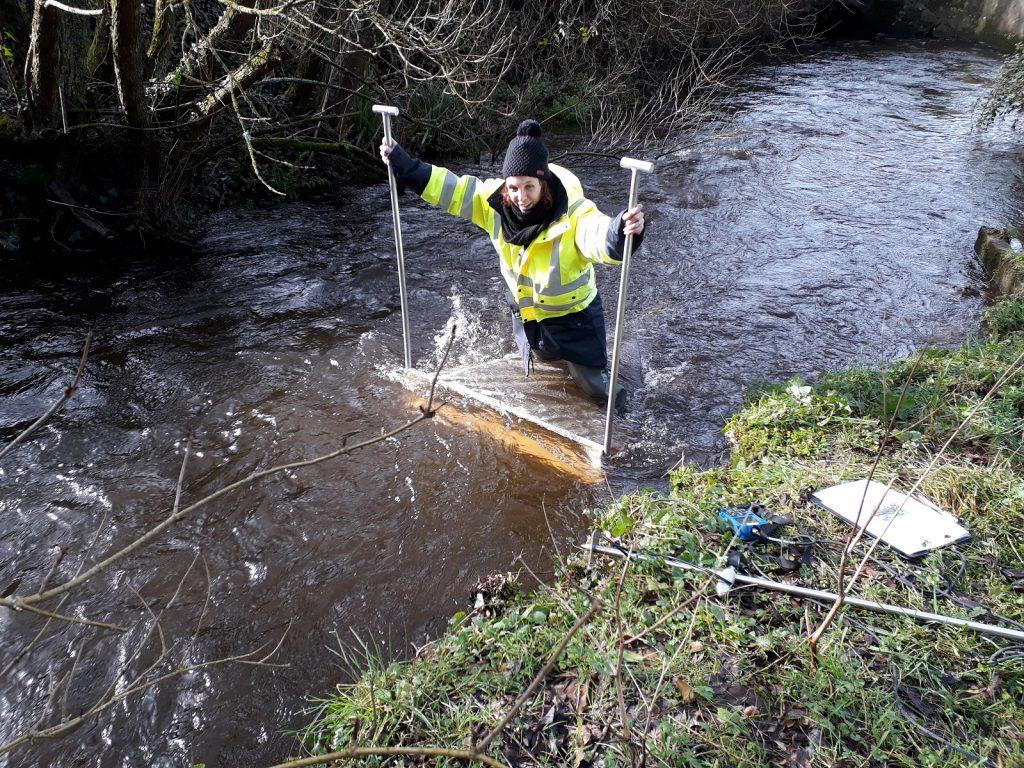 prélèvement microplastiques rivière