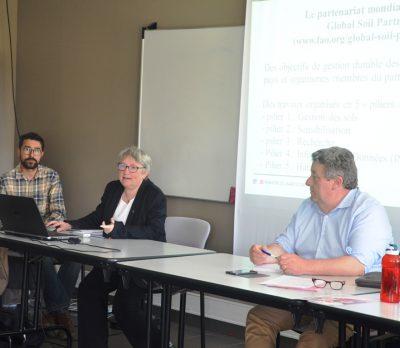 Les experts nationaux de l'analyse des sols réunis à Combourg